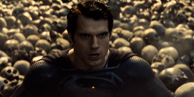 Rumour: Henry Cavill signs a deal for multiple new Superman films