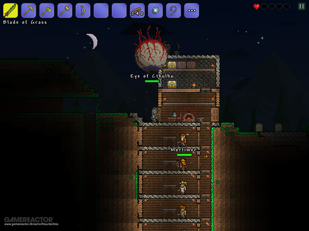 Pictures of Terraria goes mobile 1/6