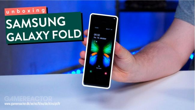 Tag along as we unbox the Samsung Galaxy Fold