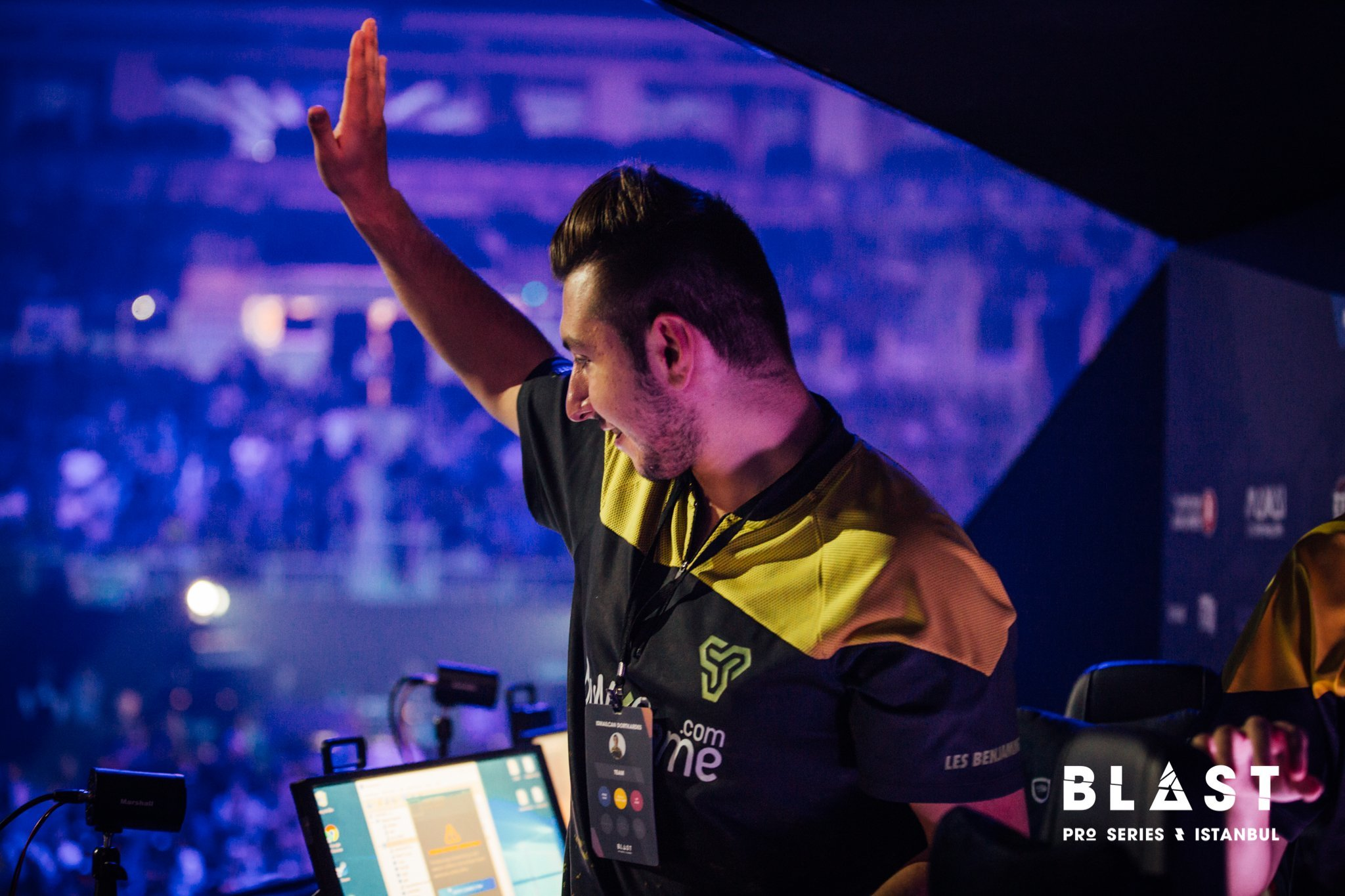 Space soldiers csgo betting mgm grand sports betting lines