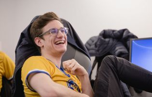 Lourlo joins Dignitas' League of Legends Academy side