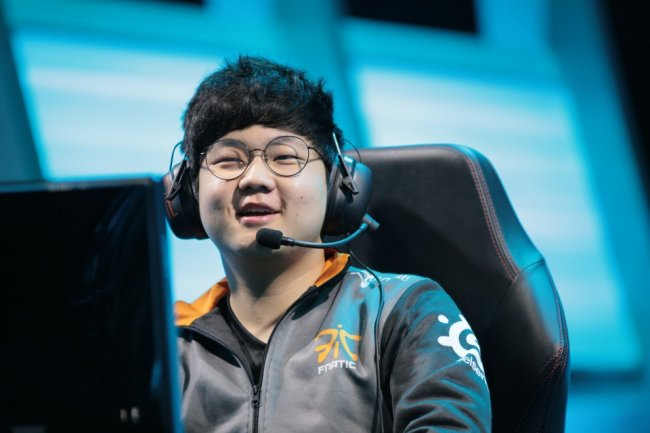 Huni completes the roster of SK Telecom T1