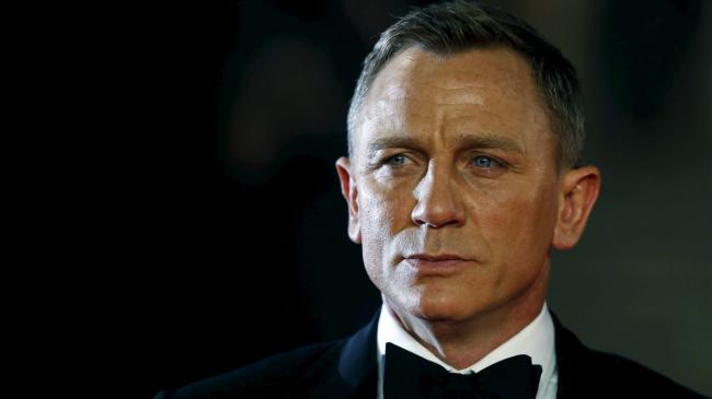 Daniel Craig returns as James Bond in 2020
