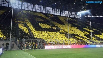 Pro Evolution Soccer 2017 - Borussia Dortmund vs Shalke 04 at Signal Iduna Park Data Pack 2.0 Gameplay