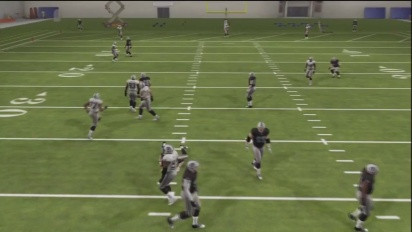 Madden NFL 13 - How to use the QB Pump Fake Trailer