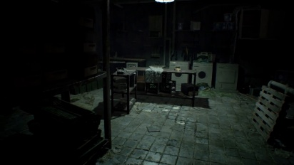 Resident Evil 7 - Saving and Health Bar