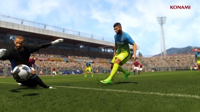 Pro Evolution Soccer 2017 - PES Iconic Moments Trailer